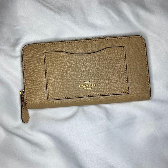 Coach Handbags - Coach Nude Accordion Leather Wallet